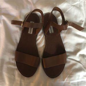 Steve Madden Donddi Sandals
